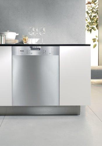Miele Futura Classic Series G4205SCSS dishwasher