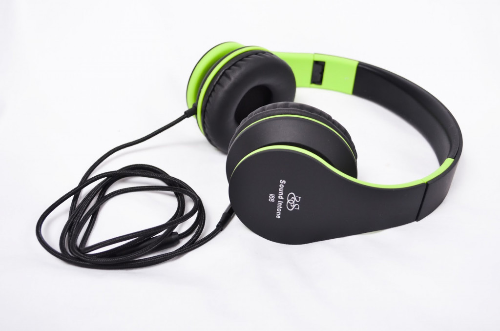 Sound Intone Headphones with Microphone
